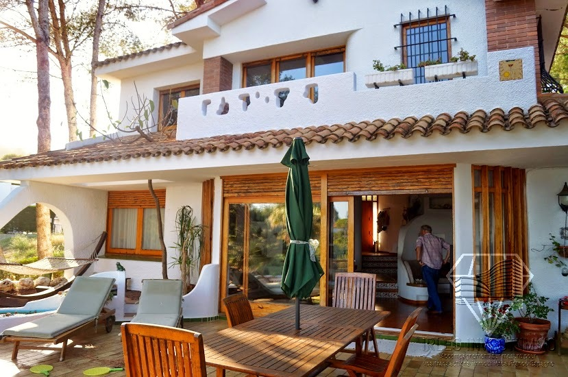 Beautiful villa to buy in Costa Brava, between Lloret de Mar and Blanes