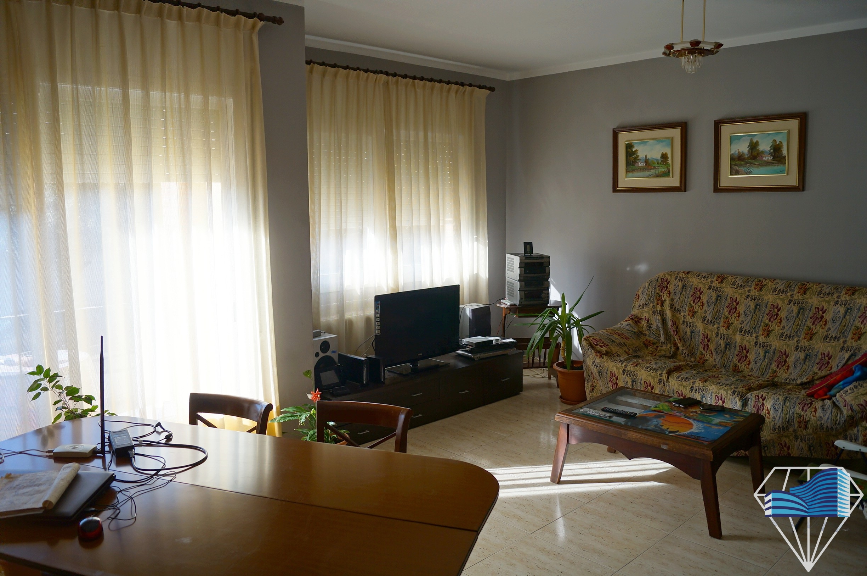 Maison en vente à Torroella de Montegri, à 5 min des plages