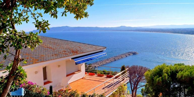 vente-maison-opportunité-front-mer-estartit-gerone-costa-brava-espagne-11