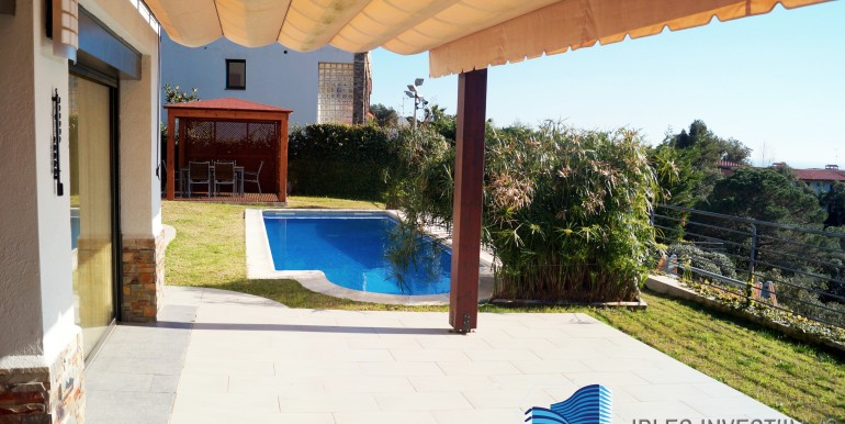 villa-maison-mer-plage-lloret-de-mar-costa-brava-Espagne-11