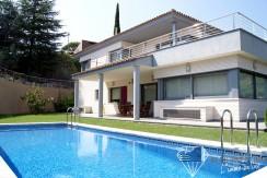 Belle maison en vente à Cabrils, à 20 minutes de Barcelone