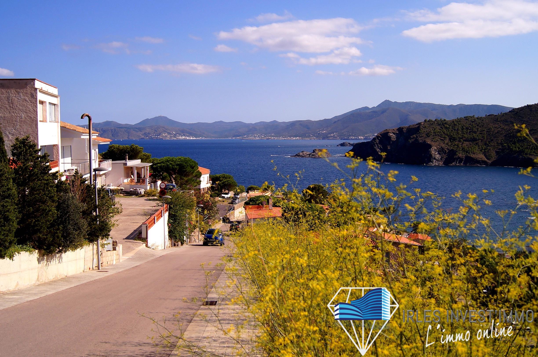 Maisons neuves à saisir à Colera, sur la Costa Brava