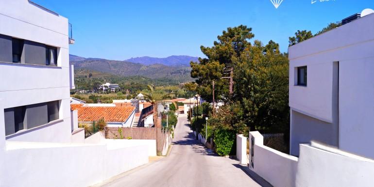 ensemble-immobilier-promotion-vente-llança-gérone-costa-brava-espagne-2