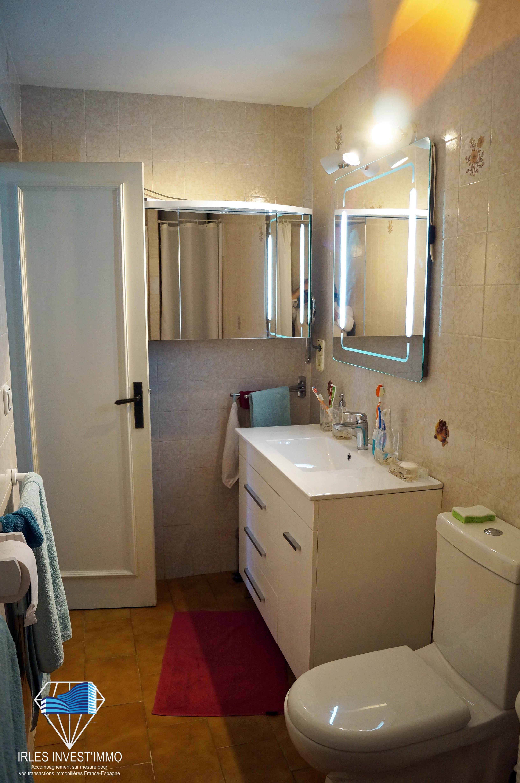 empuriabrava vente appartement avec vue sur le canal. Black Bedroom Furniture Sets. Home Design Ideas